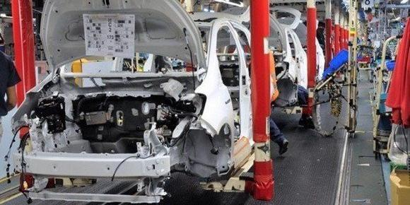 Developing sub-contracting to reach real car industry
