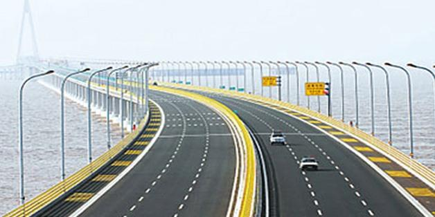 Egypt's General Authority for Roads and bridges completes 85% of national road plan, at LE 175B
