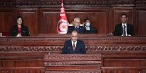 Tunisia:  PM, better business climate, stronger impetus to entrepreneurship priorities of gov't [Upd 1]